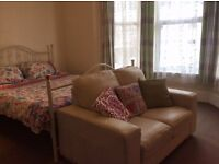 MUTLEY & ST JUDES, FABULOUS SPACIOUS DOUBLE ROOMS TO LET