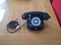 Beautiful vintage ( art deco ) style telephone. . In working order...( only £70 )