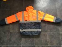 WORKING HIGH VISIBILITY JACKET WITH PHONE POCKET