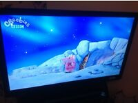 """46"""" LED HD Logik digital Freeview TV, immaculate condition."""