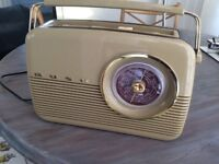 Bush vintage/retro radio in excellent working order.This