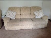 3 seater, 2 seater and a chair recliner. Lazyboy good condition