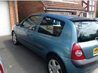 53 plate Clio for sale mot till January ideal for runaround