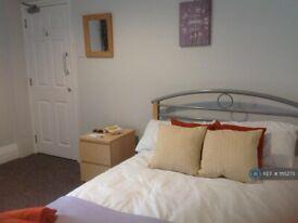 1 bedroom in St Michaels Road, Aldershot, GU12 (#1115273)
