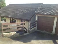2 Bedroom Split Level house with garage to rent