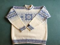 New! Thick knitted jumper, never worn, blue and cream size large, gorgeous