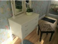 Beautiful French style ornate dresser 3 drawers/ mirror and stool