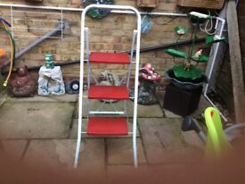 Small 3 step metal ladder sturdy and strong