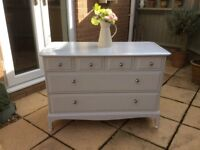 Gorgeous Stag Chest of Drawers / Dresser