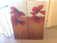 Canvas picture x2 very good condition