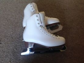 Ice Skates, JACKSON Artiste, Size 2, Very good condition
