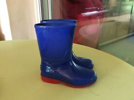 Boys Clarks wellies size 5.5