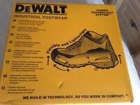 DeWalt industrial ladies work boots size 4