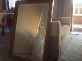 2 Mirrors.