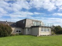 Private rooms - some ensuite - in large detached house in AB12 - all bills included