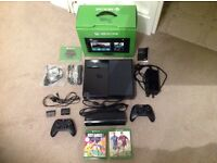XBox One 500GB console (with Kinect) in excellent condition, has hardly been used