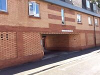 ONE BEDROOM FLAT (FIRST FLOOR) VICARAGE COURT, CROSS STREET, LINCOLN, LN5 7LA