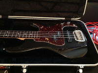 G&L SB-2 Bass. USA Made with Certificate of Authenticity, Case Candy etc.