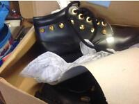 Kickers boots sizes 3 4 5 black