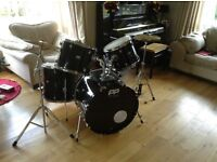 Excellent condition drum kit. Perfect for beginners and only selling because i have stopped playing.