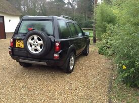 Freelander TD4se 5 door manual 2005. Black with black interior and part leather seats
