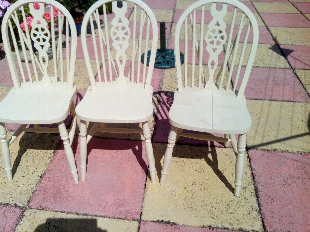 Wondrous 3 Wooden Chairs Not In Bad Condition Require A Little Attention In Brampton Cambridgeshire Gumtree Frankydiablos Diy Chair Ideas Frankydiabloscom