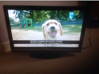 """Techwood 22"""" LCD TV with Freeview television"""
