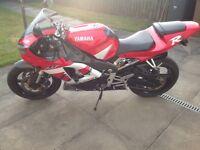 Yamaha R1 -2001