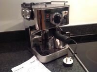 Dualit espressiv coffee machine with stainless steel milk jug and milk frother/steamer attachment