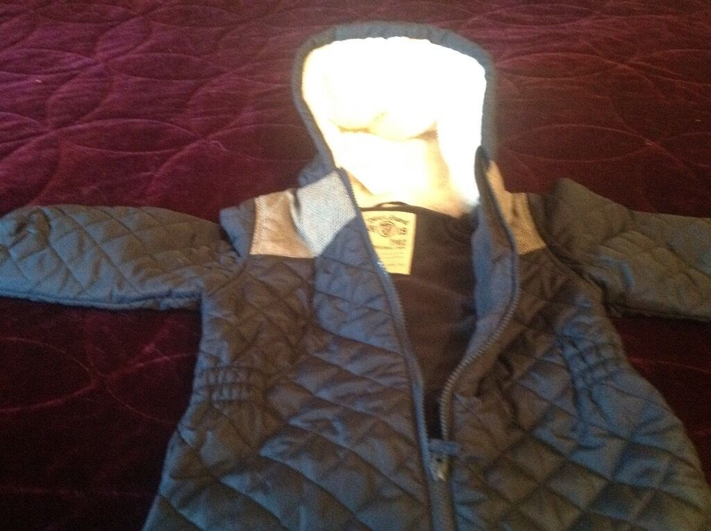 Boys snow suit new with tags age 3-4