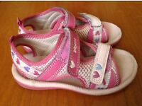 Clarks Girls Doodles Sandals Size 8