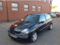 Renault Clio Automatic Good Runner with history and mot