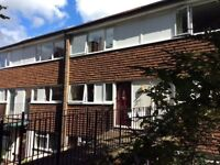 2 Double bedroom Flat to rent in central Guildford, from£1200pm. In catchment area for good schools.