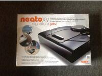 Neato XV Signature Pro Robot hoover