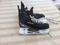 Easton EQ50 hockey skates