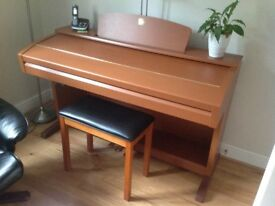 Yamaha Clavinova CVP 303 digital piano and keyboard in excellent condition