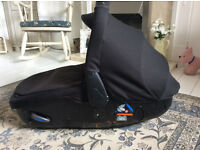 Jane Matrix Car Seat ( lies completely Flat)
