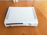 Xbox 360 White 60gb with wireless controller and games