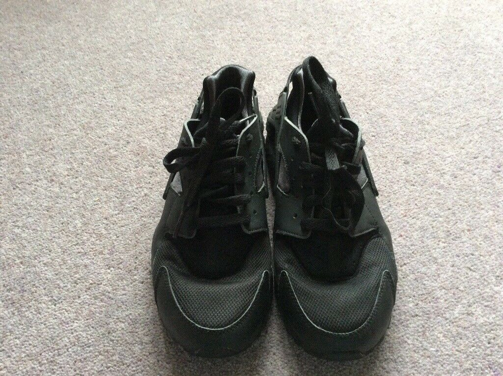 6 Black Trainers Size Gumtree Ayrshire In Niki East All Darvel wUq7xaOIq6