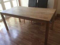 Solid OakDining Table, Seats 6/8 people. Very good condition.