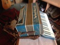 Sonora accordion, good condition.