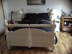 "4 poster solid pine 4'6"" bed, French painted white"