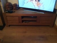 SOLID OAK TELEVISION CABINET EXCELLENT CONDITION