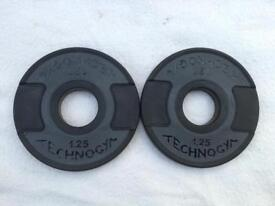 2 x 1.25kg Technogym Rubber Olympic Weights