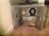 SQUARE CLEAR GLASS COFFEE TABLE OR TV STAND