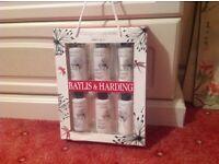 Baylis and Harding beauty set