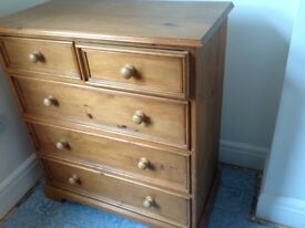 Wooden Pine chest of drawers