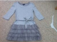 Gap - Grey party dress -age 6-7 years