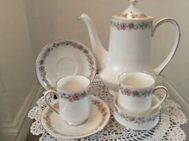 "Paragon ""Belinda"" large Coffee/Tea Pot, 2 Cups & Saucers and Sugar Bowl"