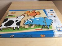2 wooden puzzles